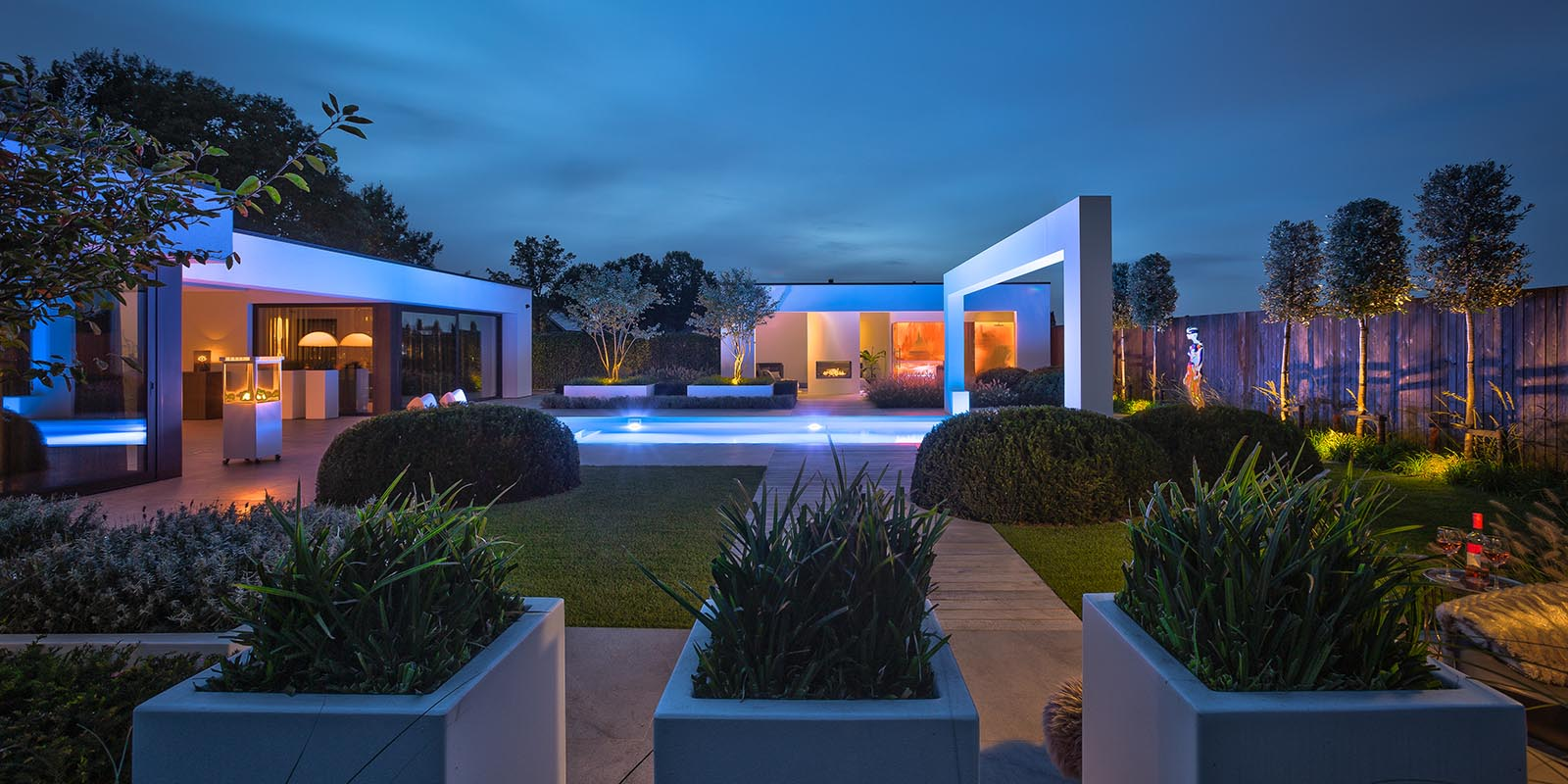 Luxe tuin, knops tuindesign, the art of living
