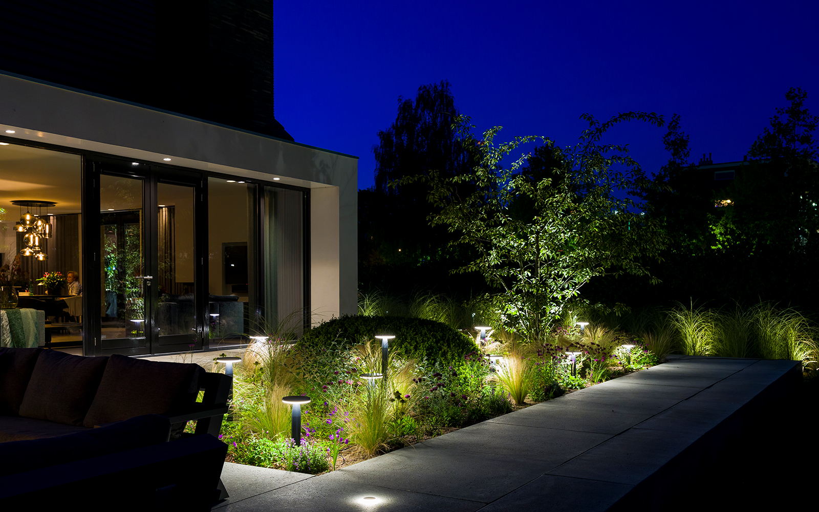 voortuin, in-lite, verlichting, tuinverlichting, the art of living