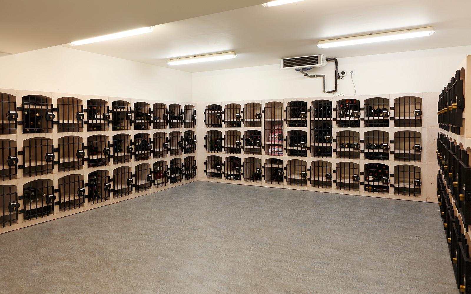 Kelder, wijnkelder, wijnopslag, ruimtelijk, penthouse, Crepain Binst