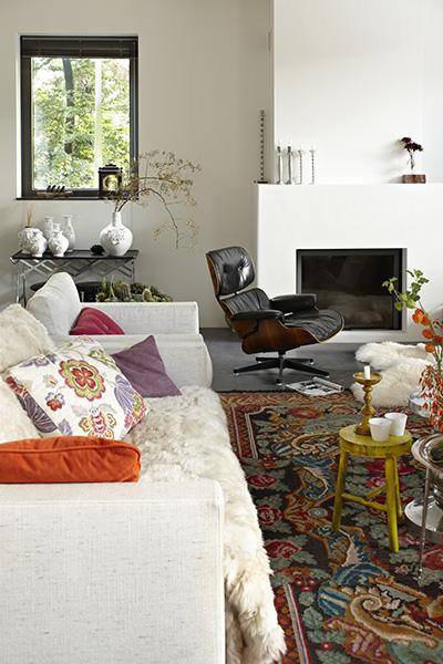 The Art of Living, Exclusief wonen, woonkamer, modern, De Visser Bouw & Onderhoud BV, S&G stucadoors, Het Openhaarden Huys, open haard, raam, vloerkleed, meubilair