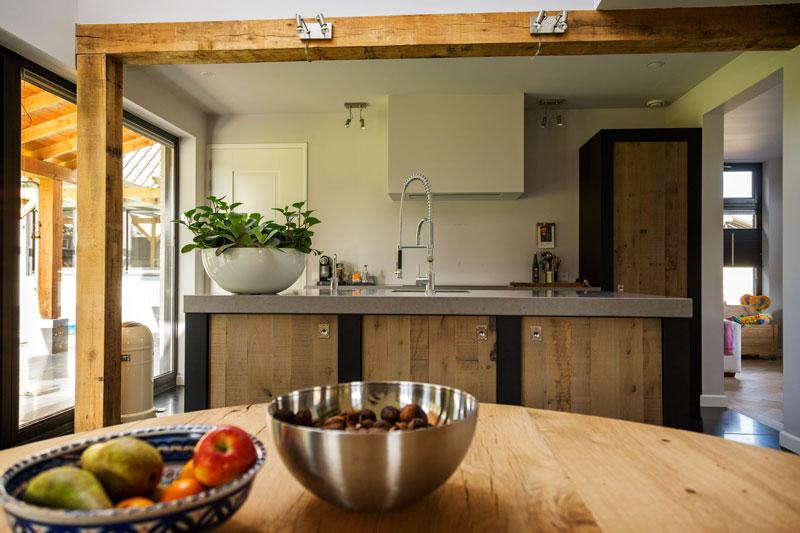 The Art of Living, Exclusief wonen, keuken, interieur, hout, leefkeuken, modern, landhuis, decoratie