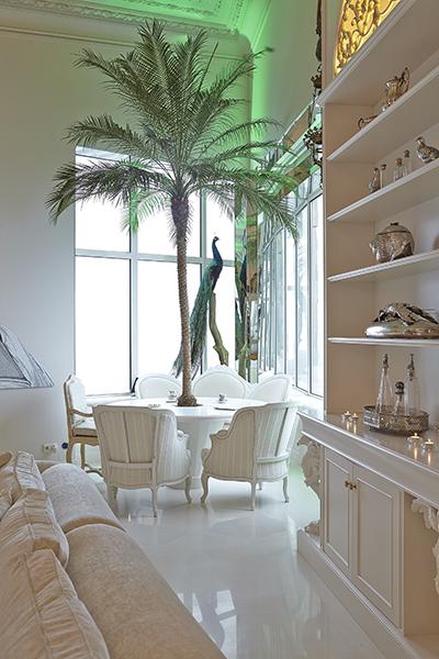 The Art of Living, Exclusief wonen, Bergers Interieurs (meubelen/gordijnen), woonkamer, interieur, design, kunst, penthouse, wit, exclusief, decoratie