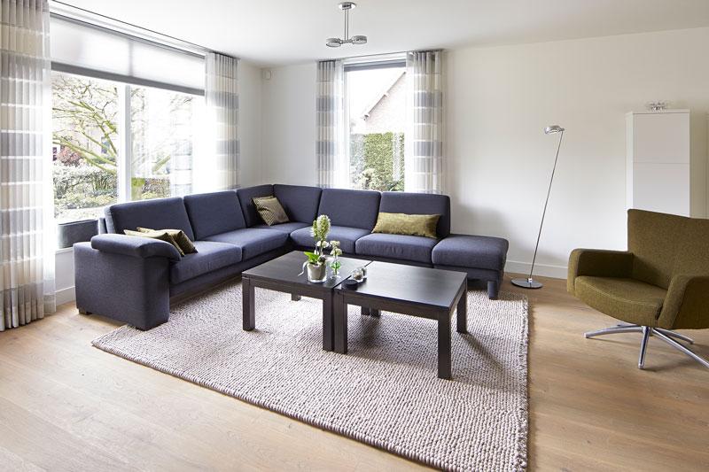 The Art of Living, Exclusief wonen, Ontwerp/bouwbegeleiding, Daverveld Ontwerpers, design, interieur, woonkamer, gordijnen, meubilair, vloerkleed, laminaat, meubelen