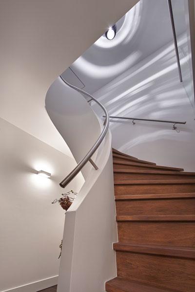 The Art of Living, Exclusief wonen, Trap, v.d. Coolwijk Trappen, design, interieur, wit, hout, verlichting, stucwerk