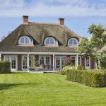 The Art of Living, Exclusief wonen, Architectenbureau Van Houtum, villa, modern, rieten dak, tuin, hovenier, terras, lounge, tuinarchitectuur, modern