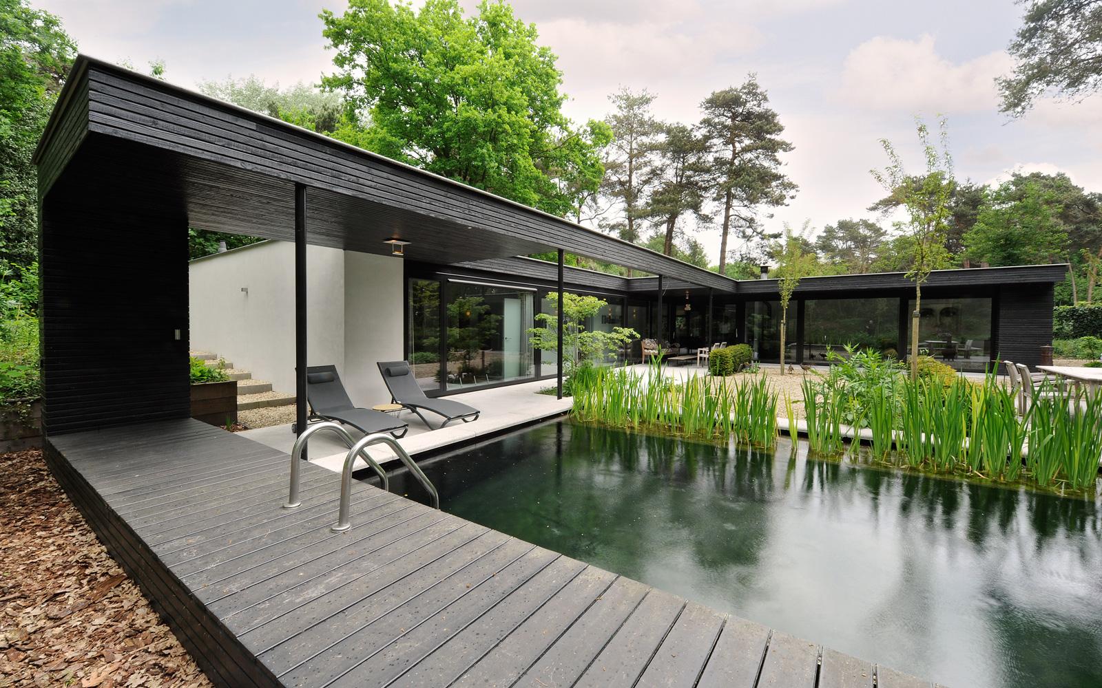 Otten van Eck heeft mede het tuinontwerp gemaakt.