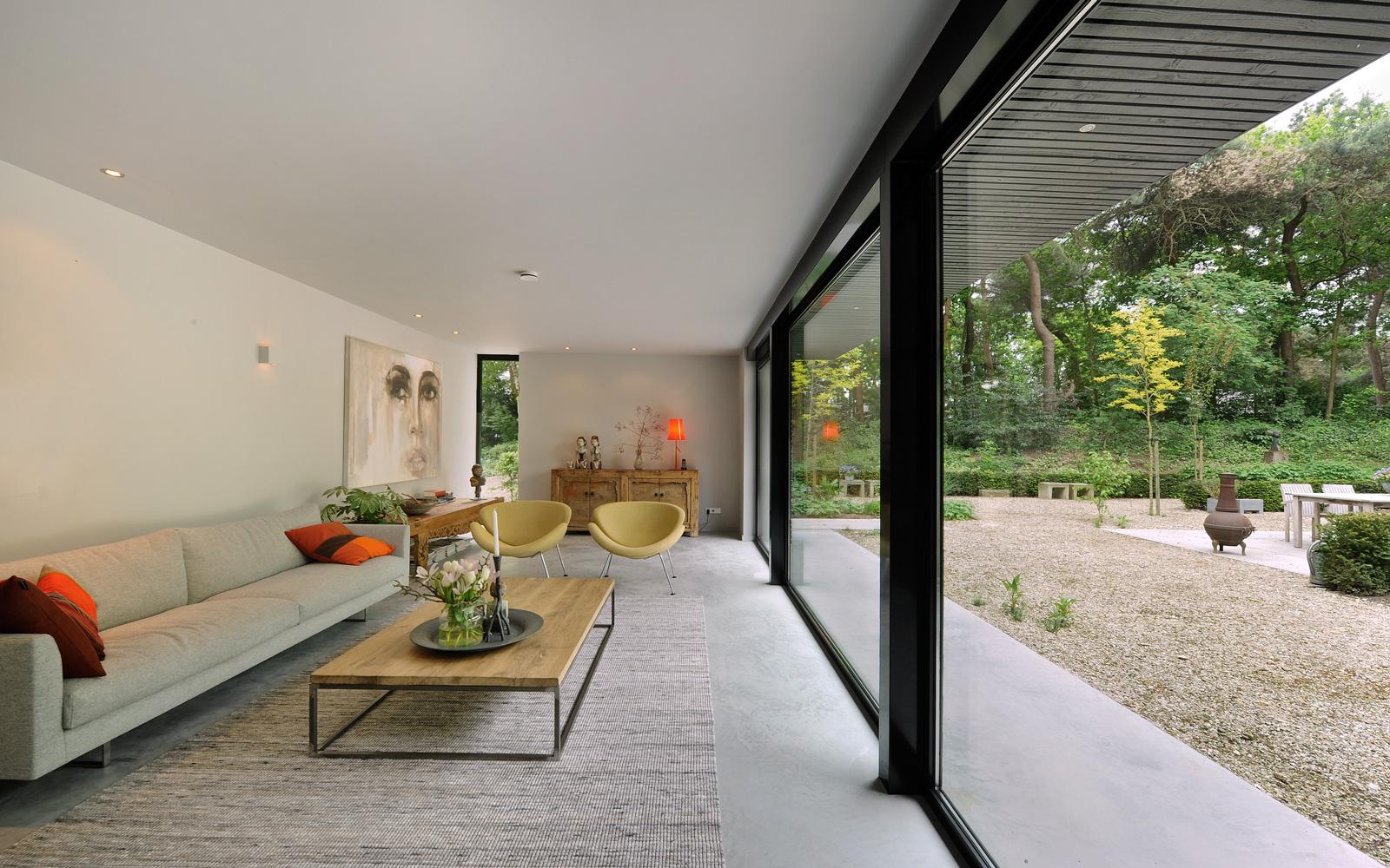 Novalis.O is verantwoordelijk voor het mooie interieur dat deze bungalow perfect staat.
