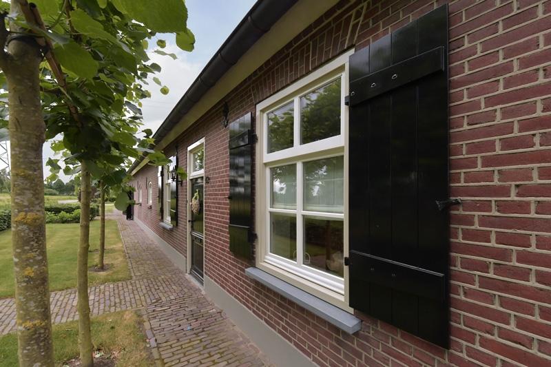 Bouwbedrijf Pijnenburg BV heeft deze prachtige villa gerealiseerd.