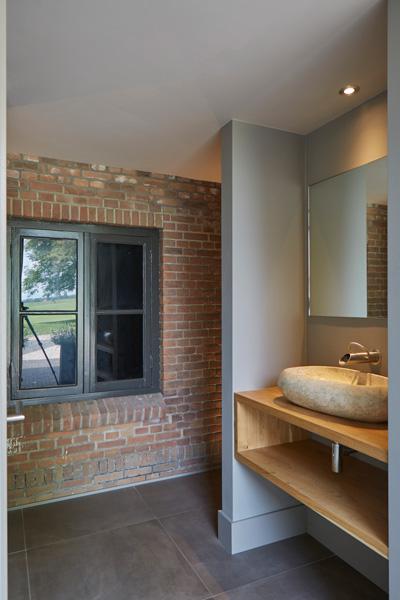 Het exclusieve sanitair is mede mogelijk gemaakt door Scheffer Badkamers