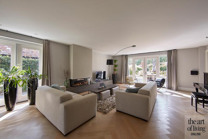 Indrukwekkende villa, WnS Architecten, Loewe