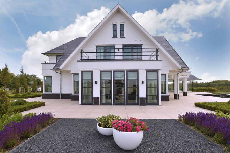 villa aan het water, van egmond, van egmond totaal architectuur, architect, architectenbureau, ontwerpbureau, the art of living