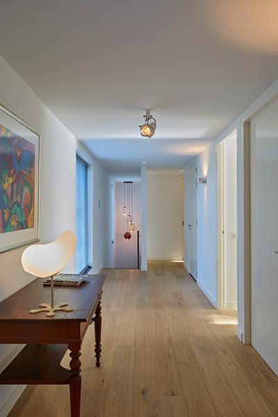 Exclusief wonen, The art of living, Interieuradvies en ontwerpbureau Nanne Schuiveling, Houten vloer, Decoratie, Schilderij, Modern