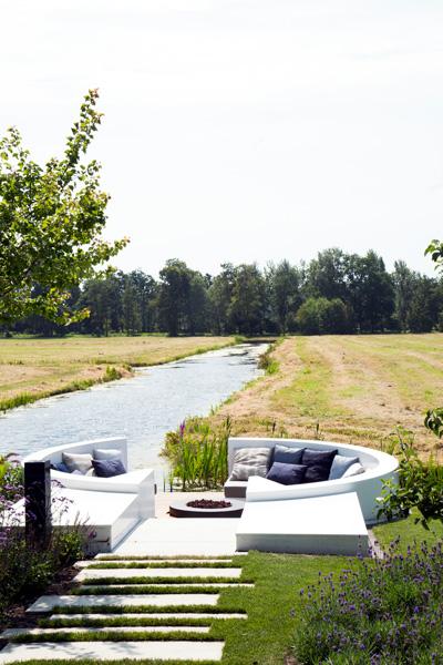 Exclusief wonen, Loungeset, Luxe tuinmeubelen, Designermeubelen, Tuinmeubilair, The Art of Living,