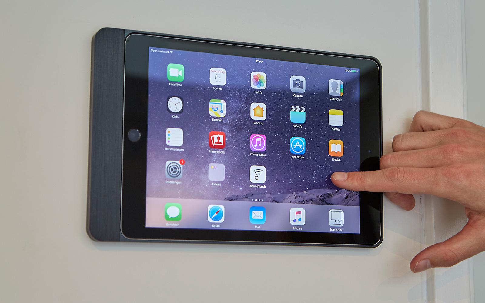 Met de Apple ipad kan de domotica bediend worden.