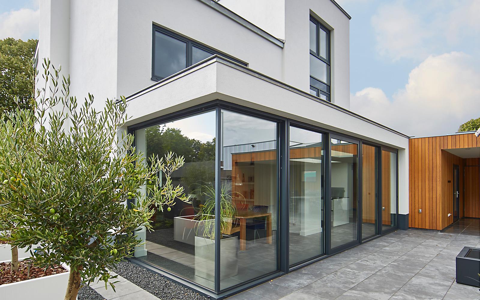 bob romijnders architectuur interieur heeft samen met bouwbedrijf sleenhoff deze prachtige villa ontworpen