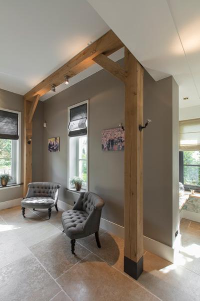 Xell-design is verantwoordelijk voor de prachtige houten vloer.