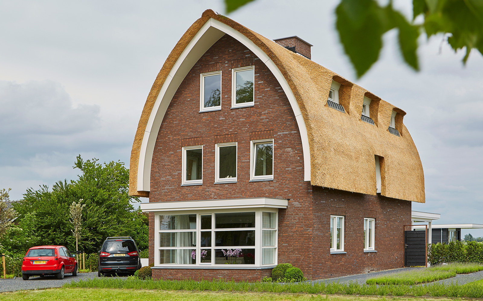 Rietdekkersbedrijf 't Ambacht staat voor kwaliteit en vakmanschap, wat aan deze kap zeker terug te zien is.