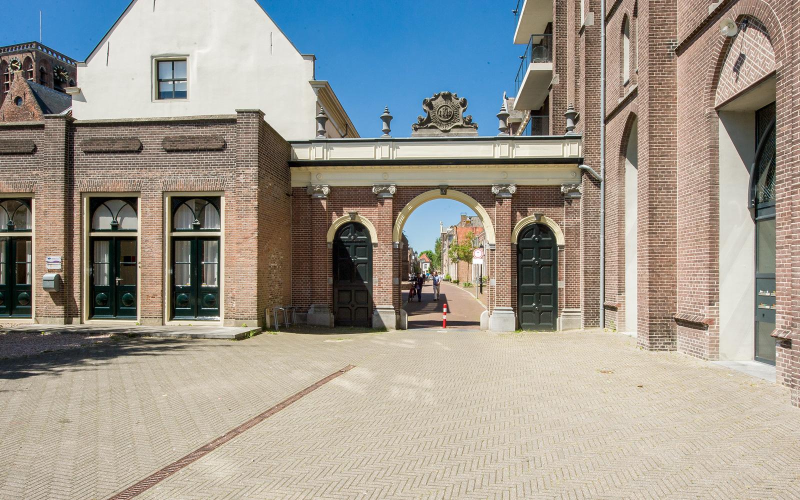 Het appartementencomplex Residentie De Kapel is een bijzonder fenomeen.
