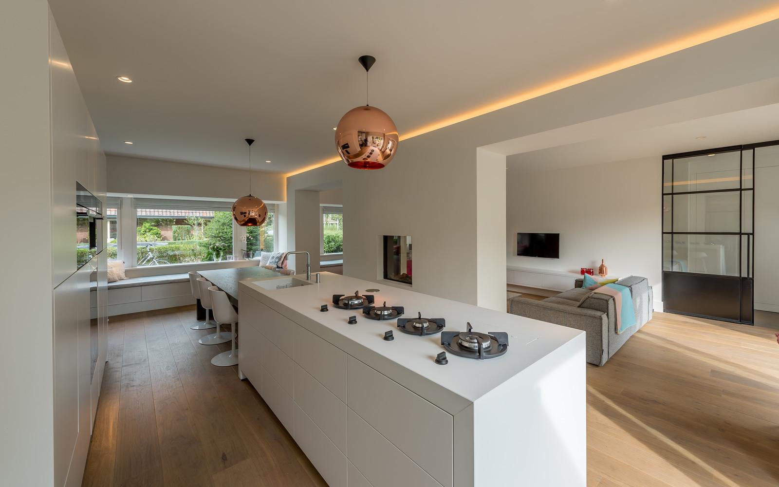 Ronald Beerdsen Interieurbouw is verantwoordelijk voor het volledige interieur, zo ook de keuken