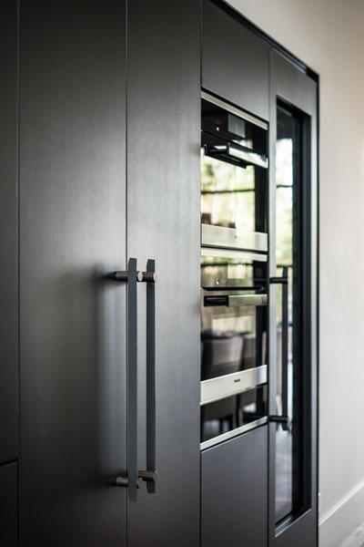 Keuken, maatwerk, Nijboer, Van der Windt, Innocoating afwerking keukenwand, architectenbureau Kabaz, showroom