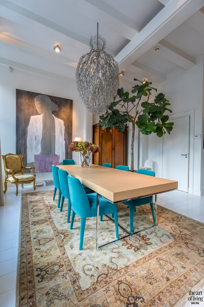 Tafel en stoeltjes van Maxalto, EDHA Interieur