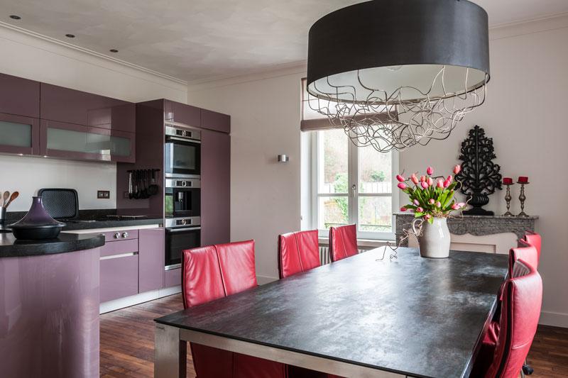 Keuken sluit aan op woonkamer, Bouw- en Timmerbedrijf Ketelaars, kleurrijk, Modern klassiek interieur, MarStyling