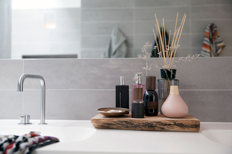Wastafel, badkamer, tegels Mosa, Penthouse Den Haag, Marco van Zal