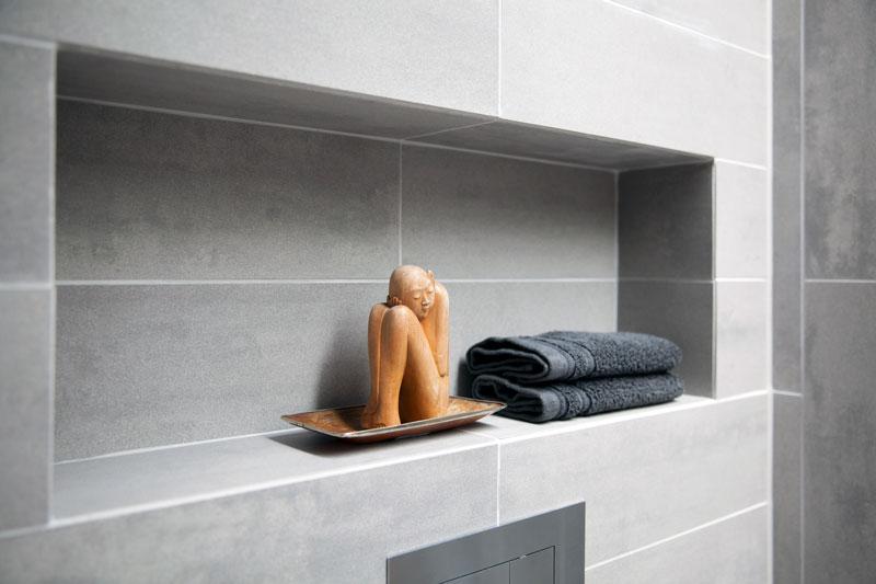 Badkamer, nis, tegels van Mosa, Penthouse Den Haag, Marco van Zal