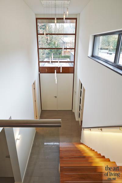 Zwevende trap, houten trap, verlichting, Koek Verlichting
