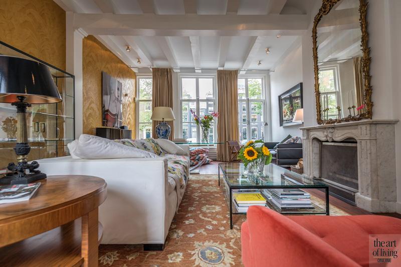 Stad eclectisch ingerichte woonkamer, veel licht, gezellig, kleurrijk