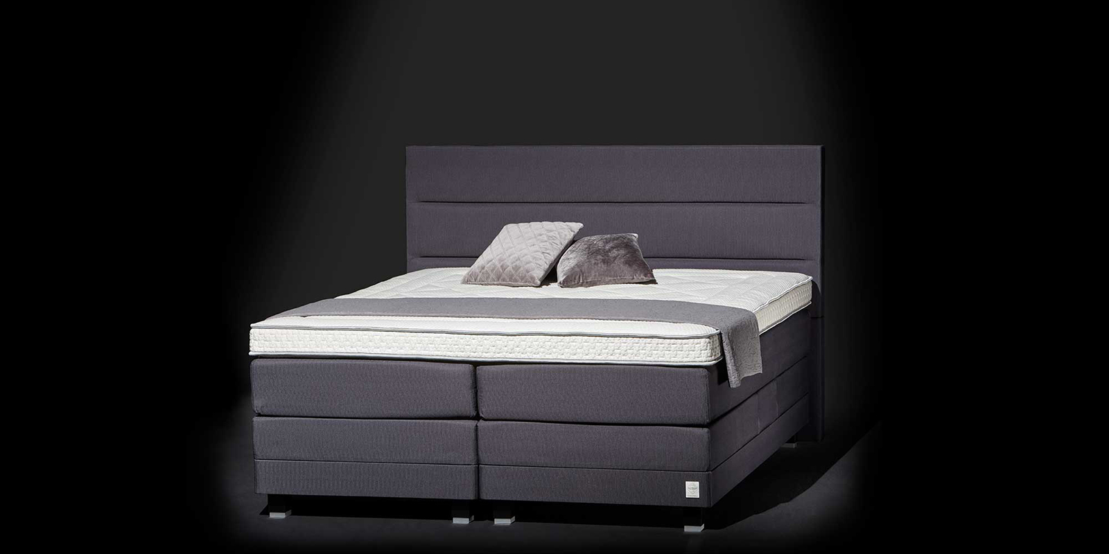 Swiss Sense, boxspring, bedspecialist, bedden, luxe slaapkamer, exclusieve bedden