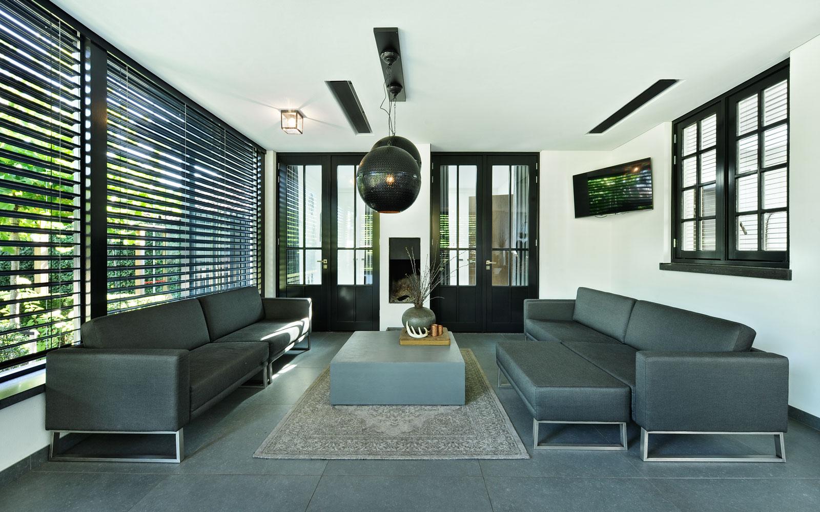 Veranda, binnenruimte, buitenruimte, natuurlijke overgang, shutters, metamorfose, Boxxis Architecten