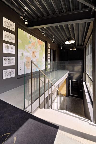 Trap, balustrade, glas, La Marquise, Hertroijs Architekten