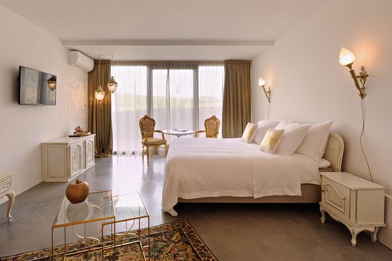Gouden slaapkamer, bed, Auping, goud, La Marquise, Hertroijs Architekten