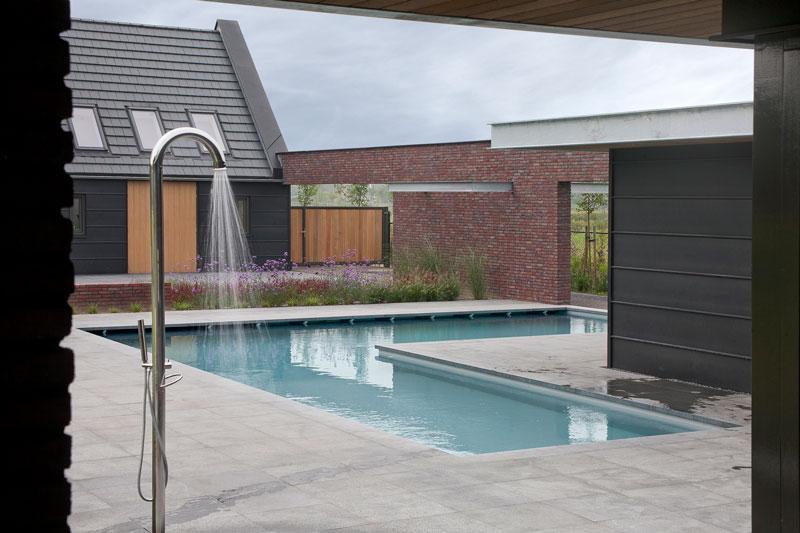 Zwembad, L-Vorm, energiezuinig, Poolhouse, buitendouche, droomvilla, Marco Daverveld