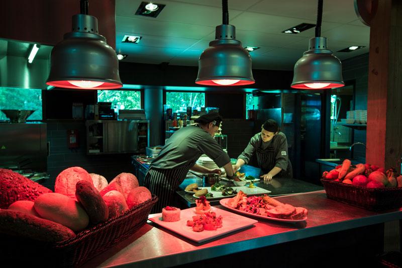Brasserie, open keuken, chef-kok, golfbaan, De Hooge Rotterdamsche, Versteegh Design