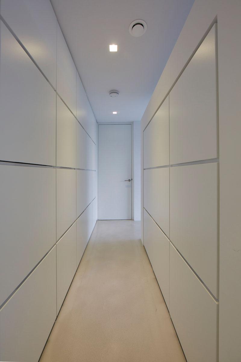 Bart van Wijk, interieurarchitect, interieurbouw, maatkasten, interieur, witte kasten, minimalistische stijl