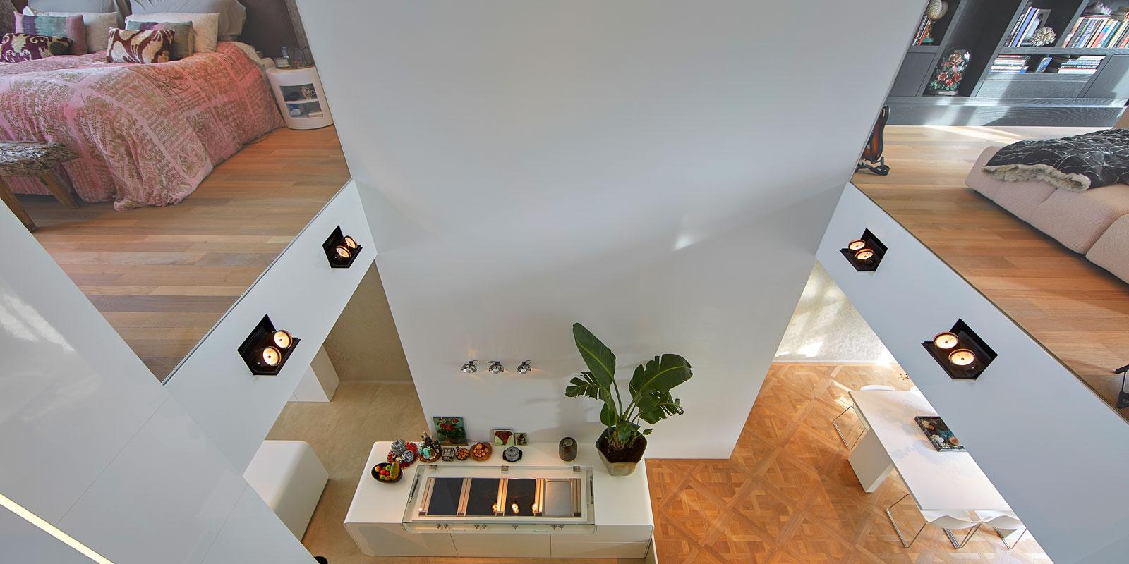 Vide, ruimtelijk, licht, hoogteverschil, grachtenpand, Bart van Wijk