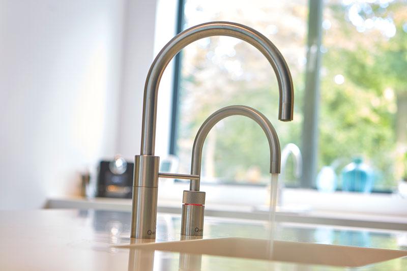 Keuken, maatwerk, heet waterkraan, Quooker, symmetrische villa, PBV Architects