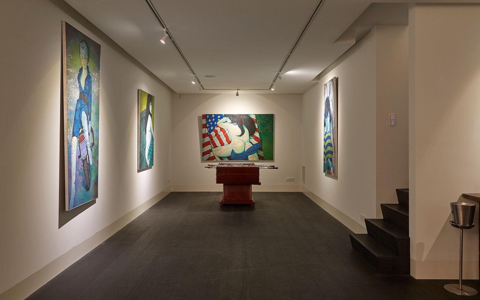 Kelder, galerie, kunst, schilderijen, symmetrische villa, PBV Architects