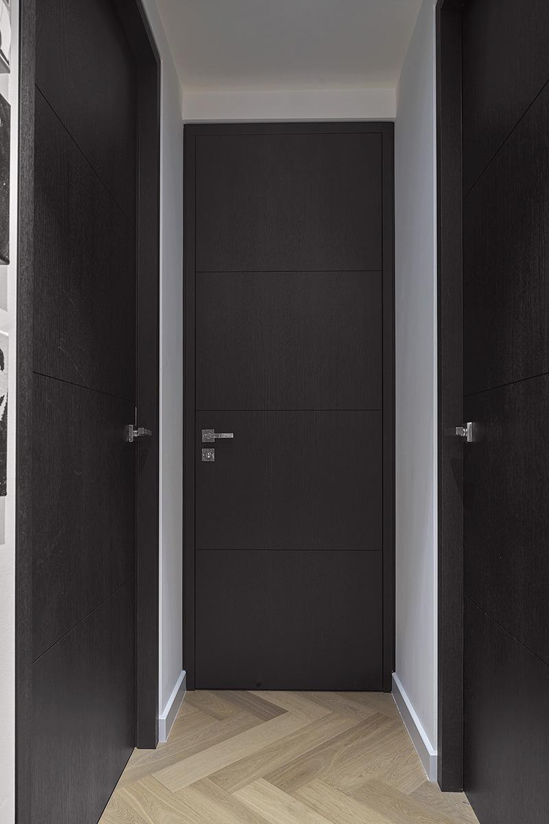 RMR Interieurbouw, Frank Rijnen, Dirk Zeelenberg, Luxesegment, Totaalinrichting, Interieurbouw, Op maat gemaakt, particuliere woningen, bedrijfsleven, perfectie, interieurbouw, meubels, kasten, ingebouwde kasten, luxe interieur, metamorfose, zwarte deuren