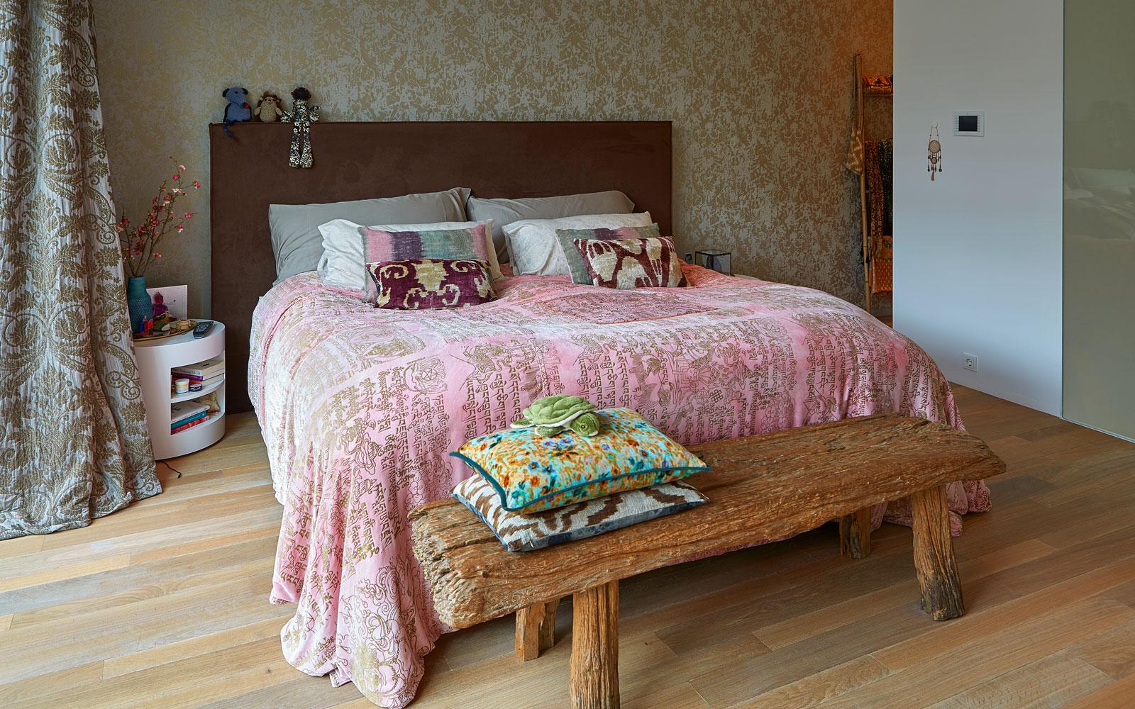 Slaapkamer, master bedroom, houten vloer, ouderslaapkamer, grachtenpand, Bart van Wijk