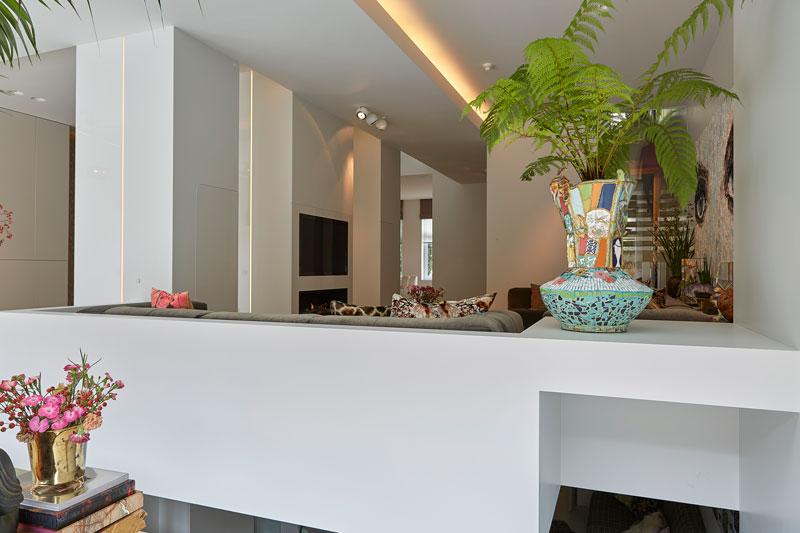Woonkamer, televisie, ledverlichting, interieur, grachtenpand, Bart van Wijk