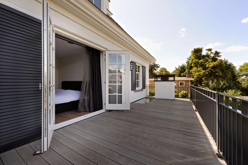 Slaapkamer, balkon, terras, openslaande deuren, witte droomvilla, Gerben van Manen