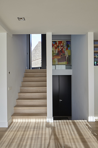 Bob Manders, Split-level villa, trap, hal, entree