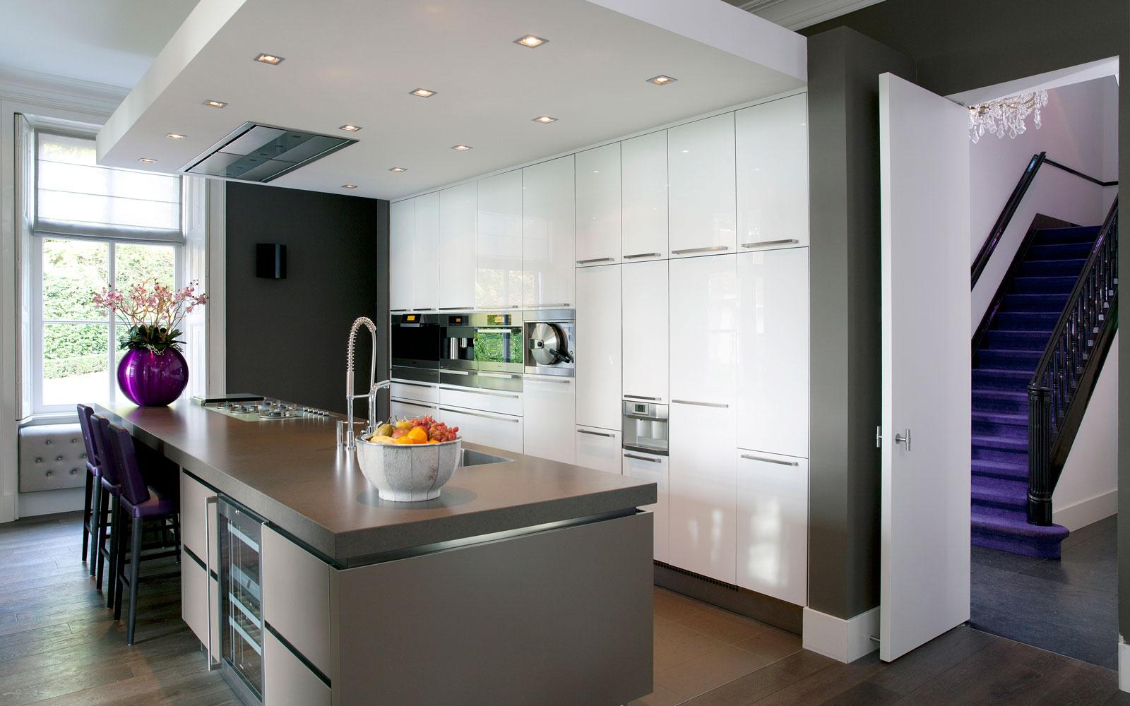 Keuken, maatwerk, inbouwkasten, kookeiland, kastenwand, Willemsen Interieurbouw, klassiek herenhuis, Kees Marcelis