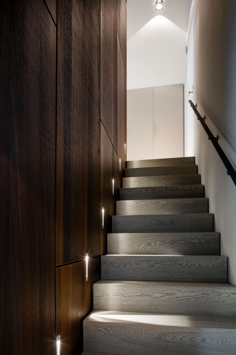 trap, houten wand, moderne villa, François Hannes