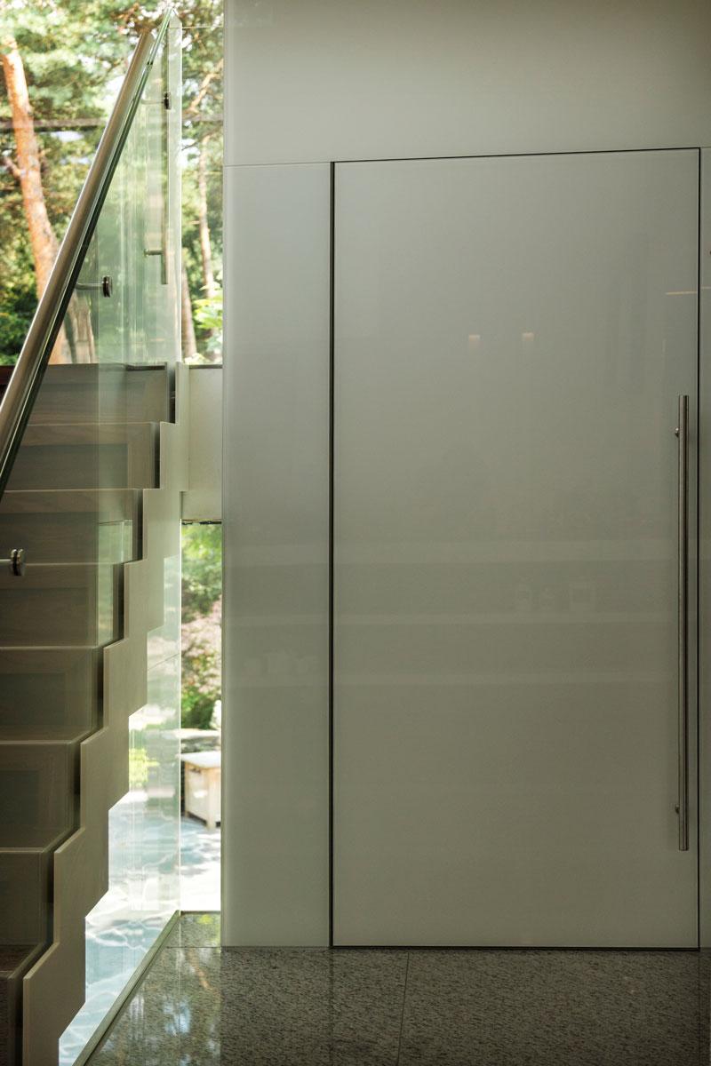 Lift, Van Noort Liften, toekomstbestendig, minimalistische villa, VLCS Architecten