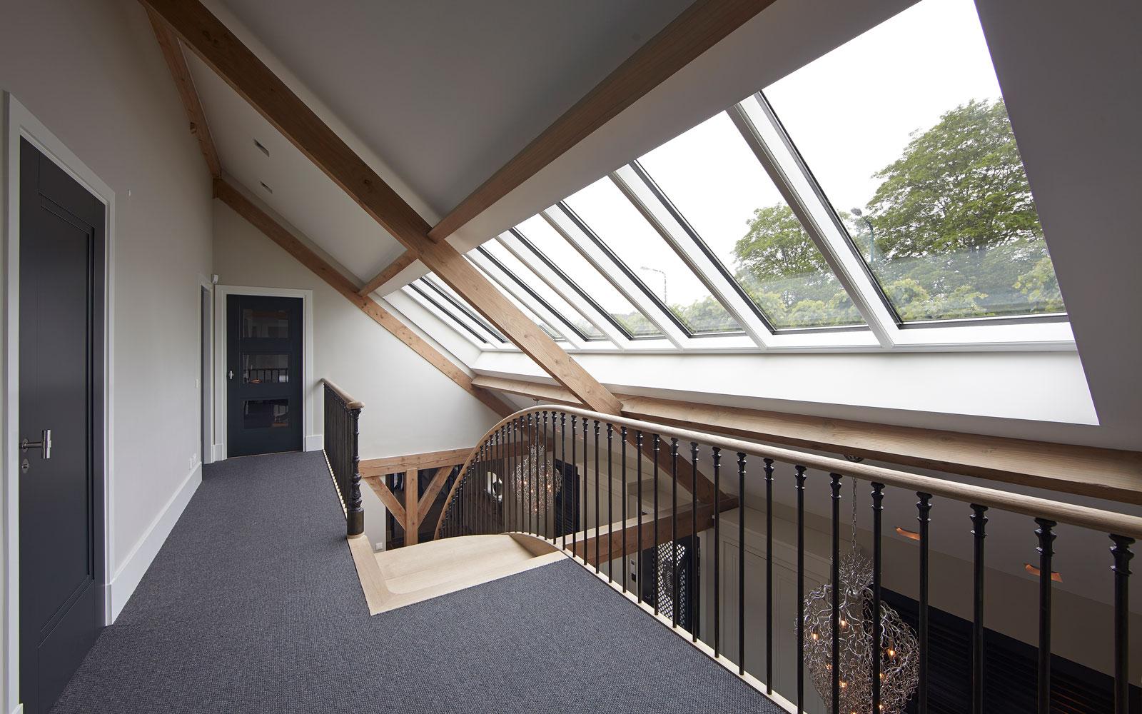 Bovenverdieping, trap, balustrade, Steels, karakteristieke boerderij, Edgar Vendrig