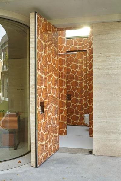 Wellness, douche, toilet, sanitair, wellnessgebouw, vooroorlogse villa, de bever Architecten